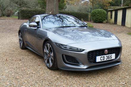 Jaguar F-type Coupe 2.0 P300 R-Dynamic 2dr Auto